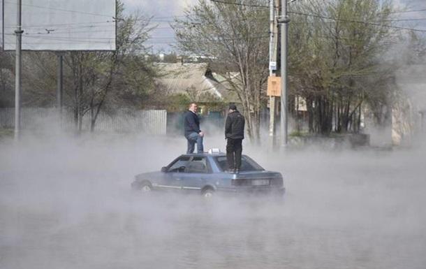 В Харькове несколько улиц залило кипятком