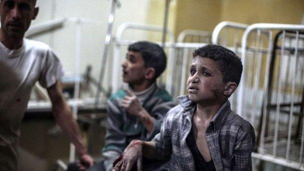 Ніхто до сирійського посольства квітів не поніс, хоча там загинули такі ж діти, як і в Кемерові
