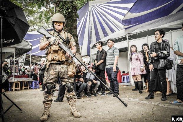 Вьетнамец фанатеет от украинской армии: почему Слава Украине стало для него родным лозунгом