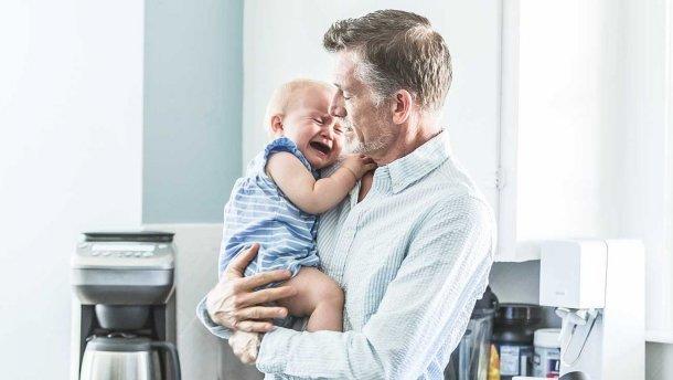 Зачать ребенка после 40: какие риски несет позднее отцовство